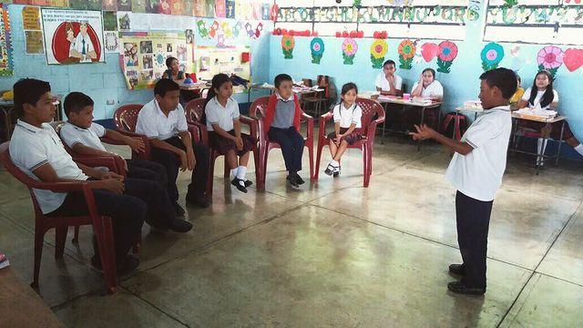 Dar a conocer los ODS con charlas en la escuela